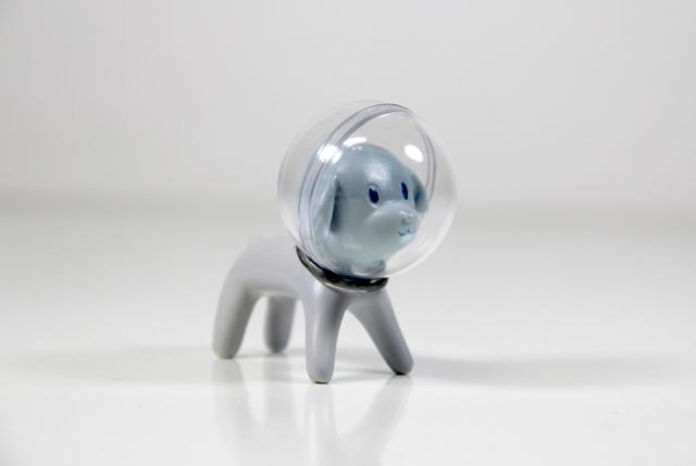 年輕藝術家韓甯獨立設計並全程手工打造的藝術公仔 《Space Boy 太空小子》現正式發佈!