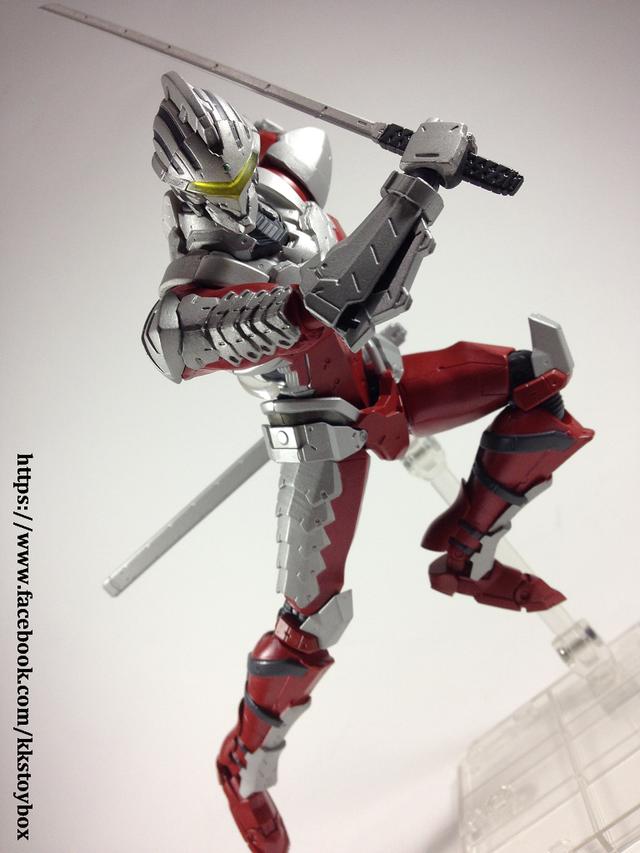 【玩具人。KK玩具箱。投稿】ULTRA-ACT × S.H.Figuarts 超人力霸王 ULTRAMAN SUIT ver 7.2