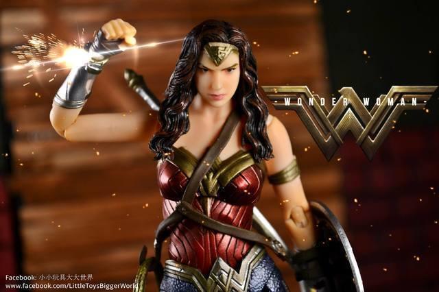 【玩具人。小小玩具大大世界。投稿】MAFEX No.024 神力女超人 Wonder Woman (BvS)