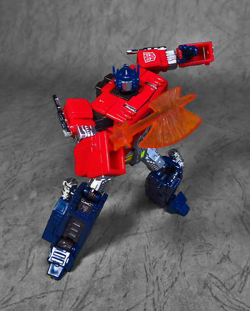 29.jpg - [TF] OPTIMUS PRIME (YEAR OF ROOSTER )