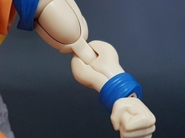 【玩具人。Turk Xie。投稿】超越超級賽亞人之後...Figure-rise Standard 超級賽亞人3 孫悟空