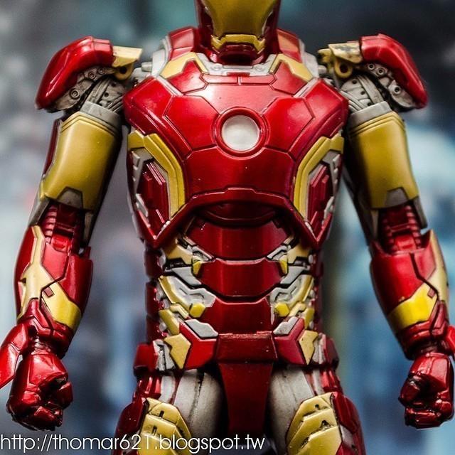 玩具心得:MAFEX NO.013 IRON MAN MARK43 鋼鐵人 MK43