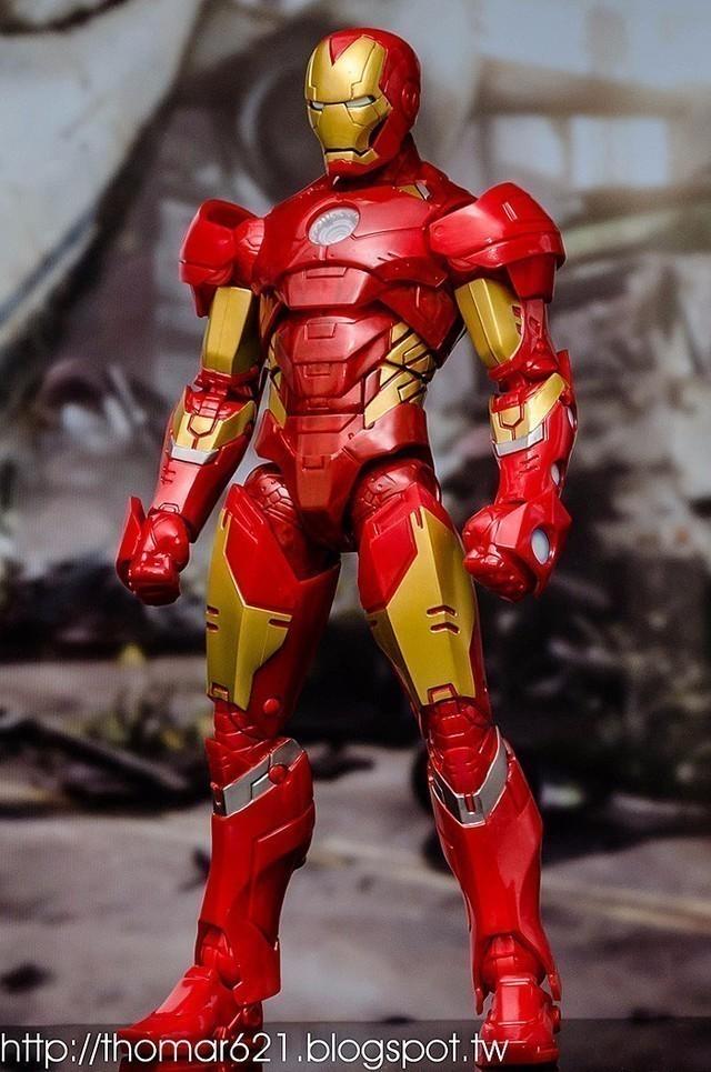 玩具心得:HASBRO MARVEL LEGENDS 2016 12 INCH ACTION FIGURE IRON MAN 12吋 鋼鐵人