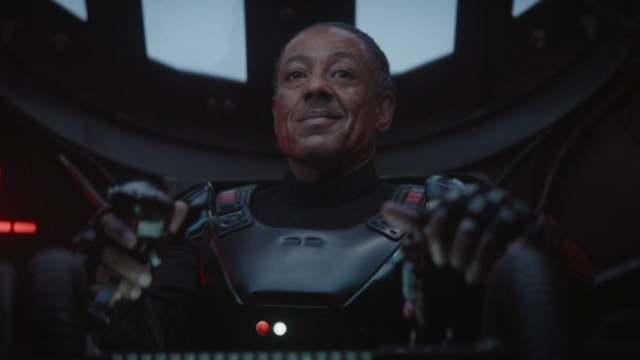 【星戰宇宙相關】驚爆:《曼達洛人》反派自爆弄壞了三把「暗劍」!《魔鬼終結者》凱爾瑞斯將加盟第二季演出!?