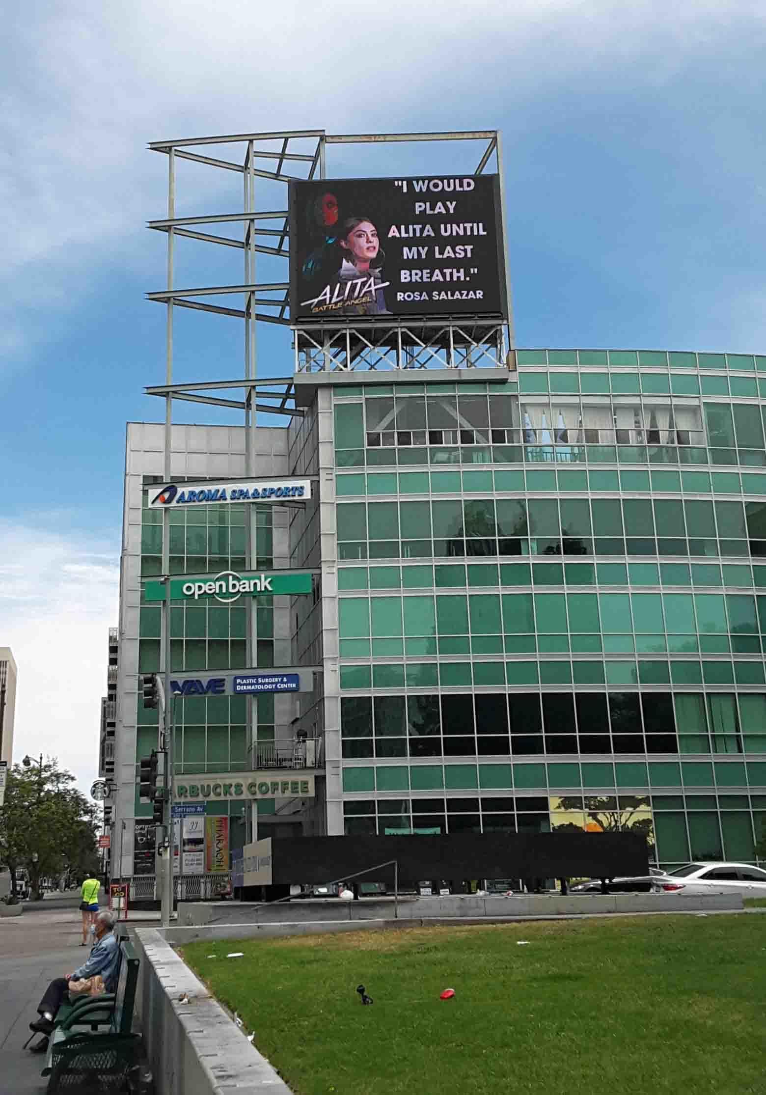 跪求《艾莉塔:戰鬥天使 2》!粉絲買下廣告看板希望迪士尼可以拍攝續集電影