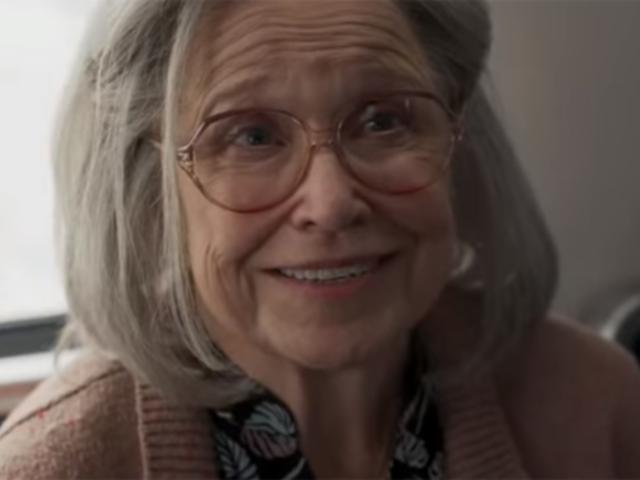 【MCU相關】《驚奇隊長》預告裡被毆打的史庫魯爾人老奶奶原本構想是個小孩!(有小雷)