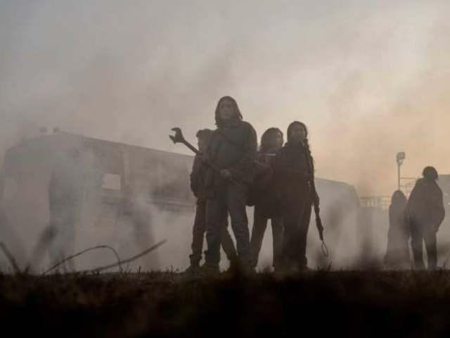 在殭屍社會成長的年輕人如何生存?《陰屍路》第三部影集系列劇照釋出!