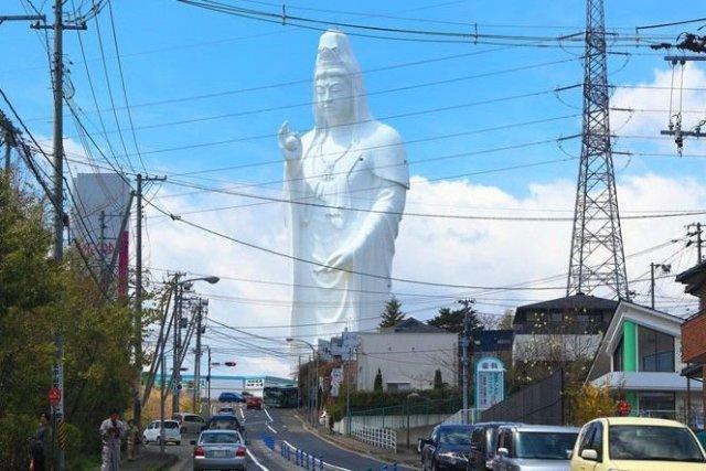 網路熱議新景點!日本宮城縣「超大觀音像」成為拍照打卡新地標