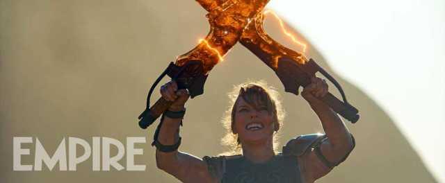 蜜拉喬娃維琪「鬼人化」  於《魔物獵人》電影和遊戲皆選擇同樣裝備