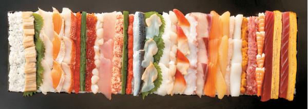 日本百貨伊藤洋華堂推出『豪華絢爛!25種海鮮惠方卷』 超霸氣尺寸讓人咋舌!