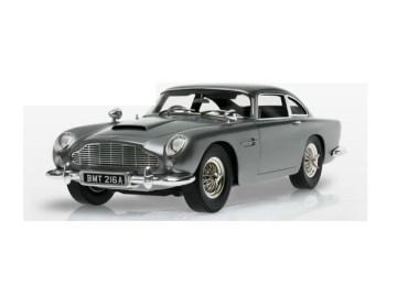 007超高完成度帥氣跑車模型