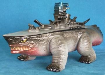 怪獸鄉的ウルトラマン軍艦怪獸