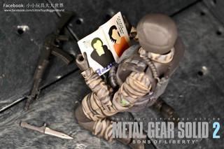 【小小玩具大大世界。投稿】[玩評] Figma 298 潛龍諜影2:自由之子 Gurlukovich士兵 (Metal Gear Army Soldier)